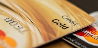 Zalety kredytu odnawialnego - czy różni się od karty kredytowej?