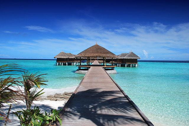 Wakacje last minute – skąd wziąć pieniądze na wakacyjne wyjazdy