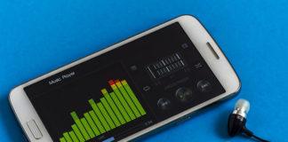 Smartfony za mniej niż tysiąc złotych