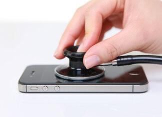 Zalany iPhone